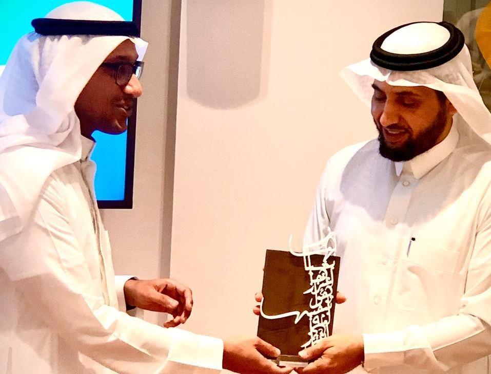 د.خالد الزهراني ضيفًا على روشنة شباب مجتمعي